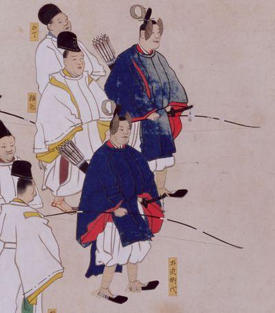 Дворцовая гвардия, эфу, как показана на свитке периода Эдо. Униформа гвардейцев практически не изменилась с эпохи Хэйан.